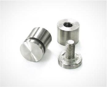 Em Aço 304 Polido, os botões são usados geralmente para fixar vidros a paredes e/ou escadas.
